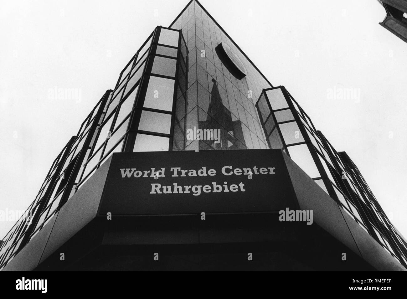 The World Trade Center Ruhrgebiet in Gelsenkirchen in September 1989. It is the first of its kind in Germany. - Stock Image