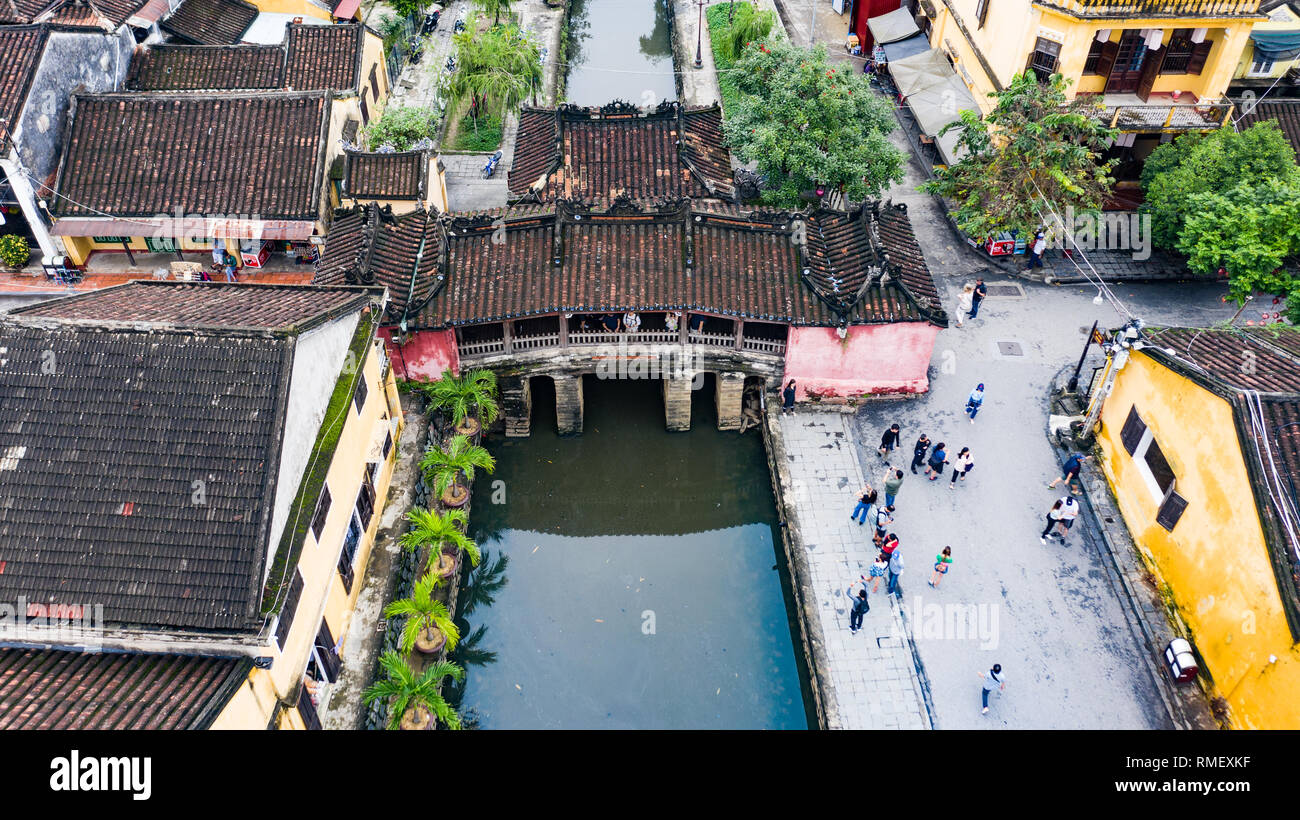 Japan Covered Bridge and Cau Chua Pagoda, Hoi An, Vietnam - Stock Image
