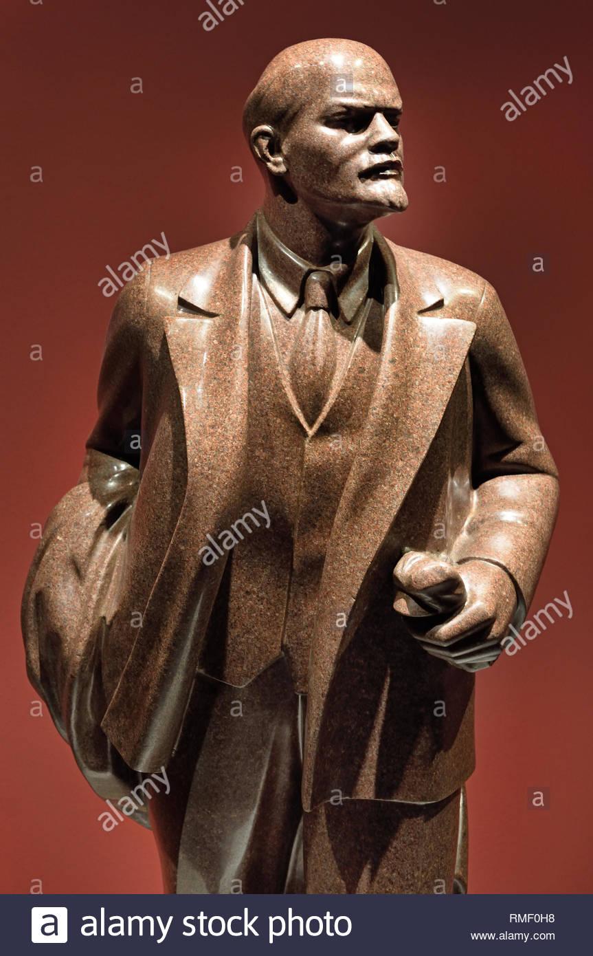 Vladimir Lenin by Sergei Merkurov. Soviet Union Communist Propaganda (Russia under Lenin and Stalin1921-1953 ). - Stock Image