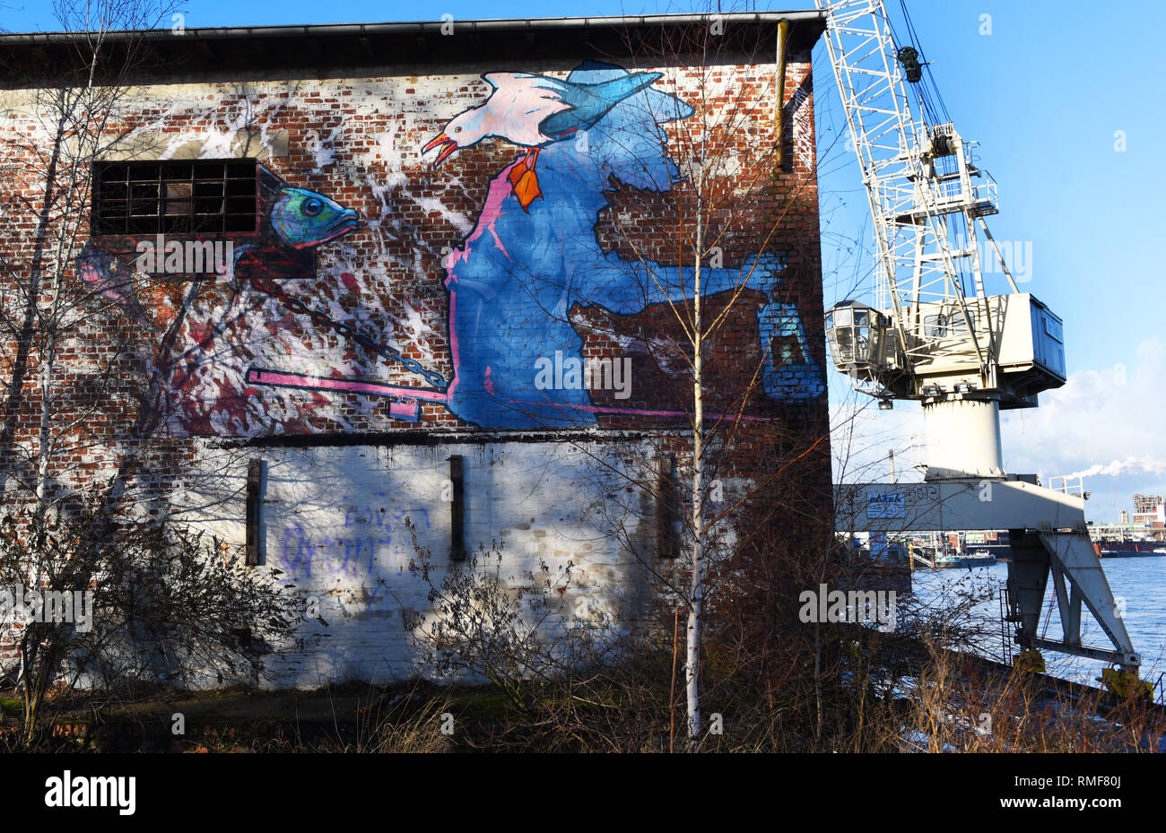 "Krefeld, Germany. 11th Feb, 2019. ""Street Art Art"" at the building of the ""Rhine Side Gallery"" on the banks of the Rhine in the district of Uerdingen. Credit: Horst Ossinger/dpa/Alamy Live News Stock Photo"