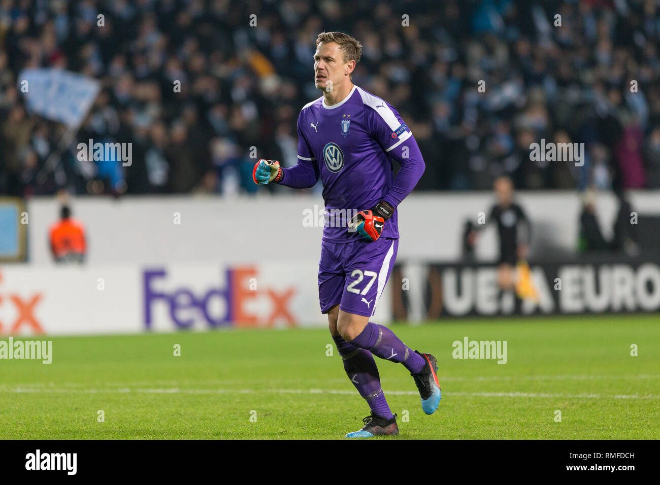 535ae278b5a33c Sweden Goalkeeper Stock Photos   Sweden Goalkeeper Stock Images - Alamy