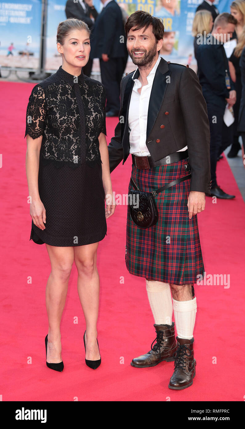 22-09-14: 'What We Did on Our Holiday' - World Premiere, Rosamund Pike and David Tennant arrive Stock Photo