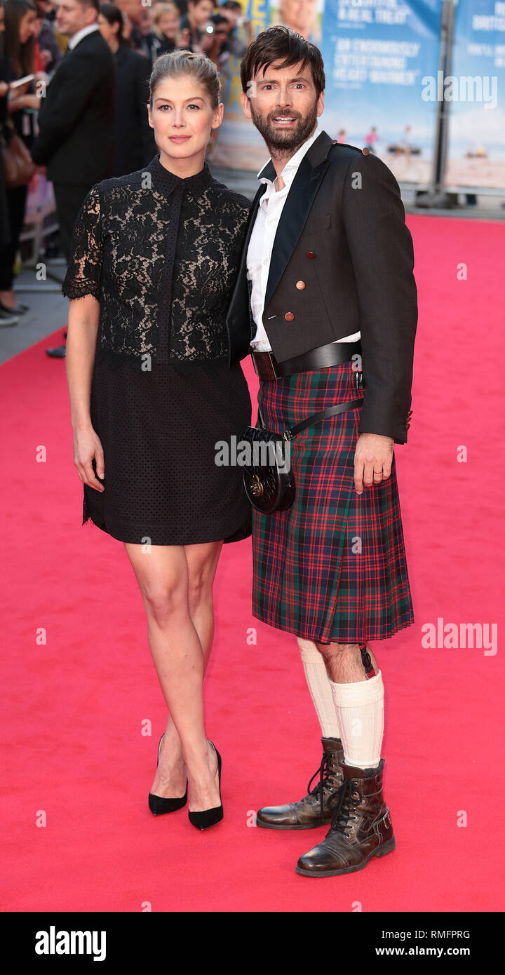 22-09-14: 'What We Did on Our Holiday' - World Premiere, Rosamund Pike and David Tennant arrive - Stock Image
