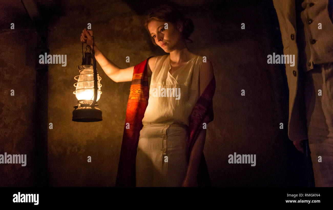 Amy Wren prod db © itv studios / dr toutankhamon tutankhamun mini