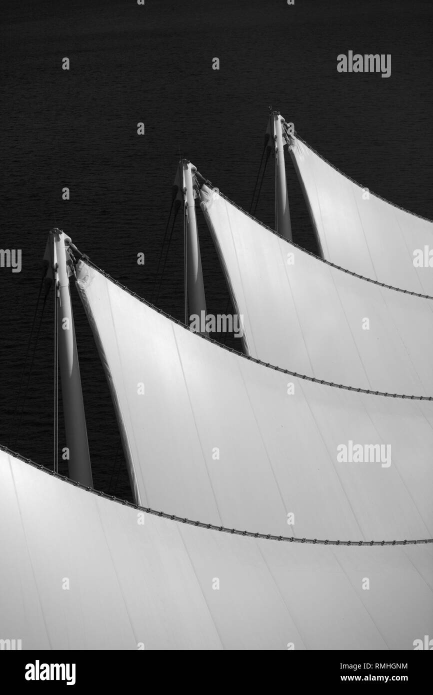 Abstract image of the sail roof of the Vancouver Convention Centre - Stock Image