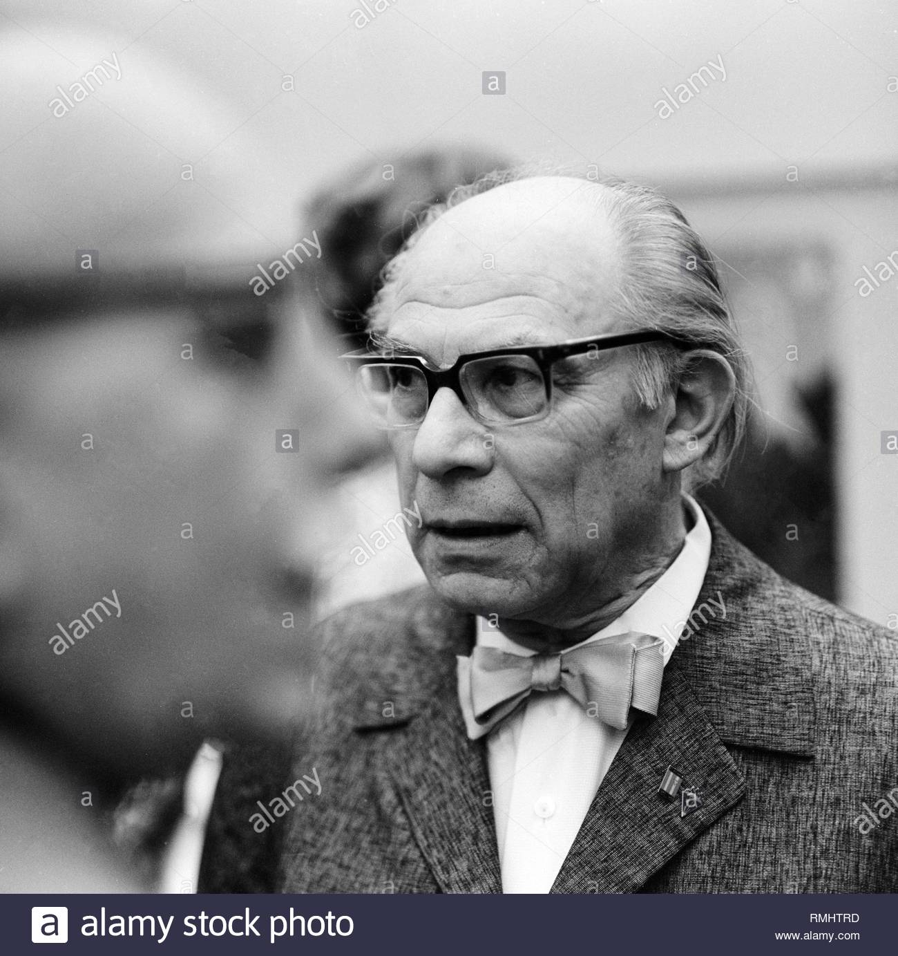 The painter, draftsman, printmaker and cartoonist Leo Haas (1901 - 1983) in Berlin, the former capital of the GDR, German Democratic Republic. - Stock Image