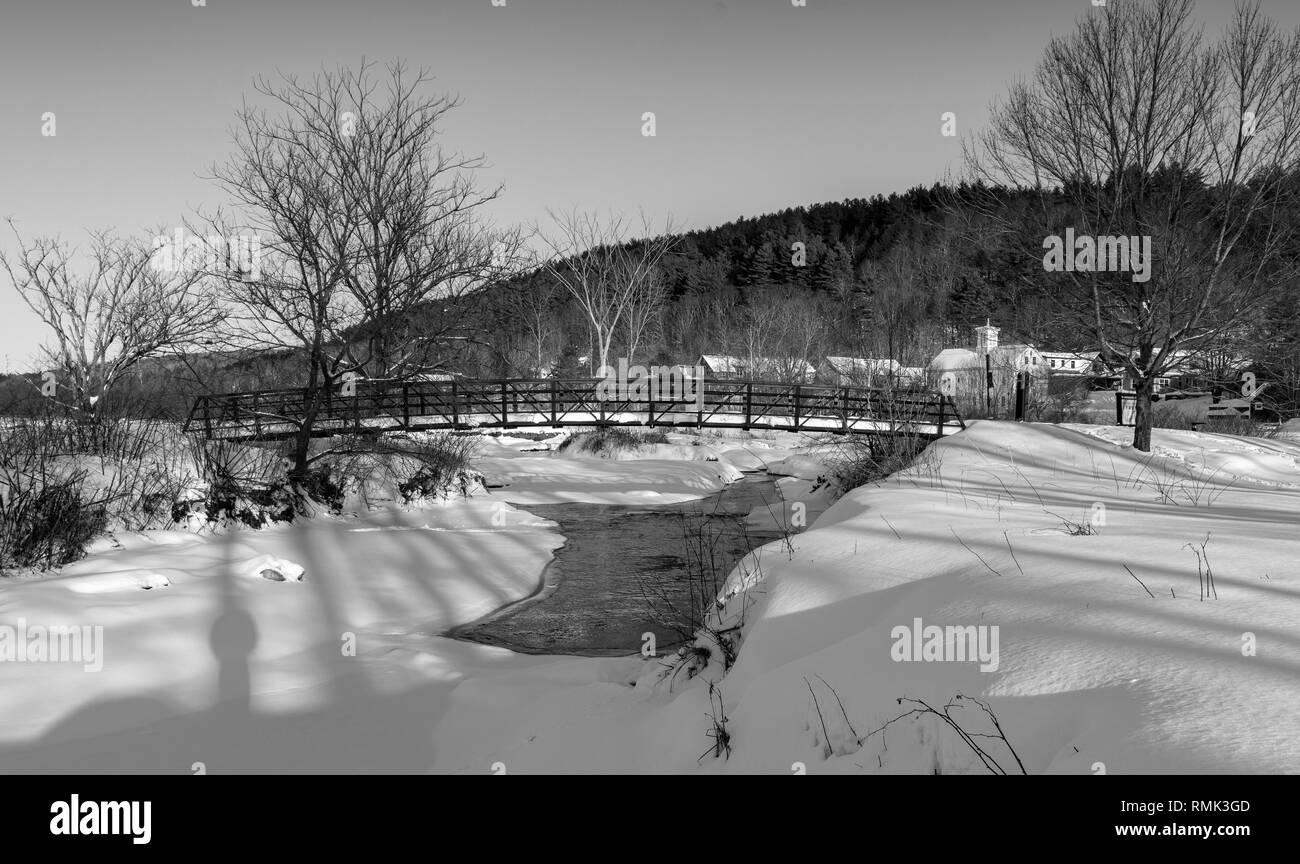 Pedestrian bridge after snow fall, Stowe Vermont - Stock Image
