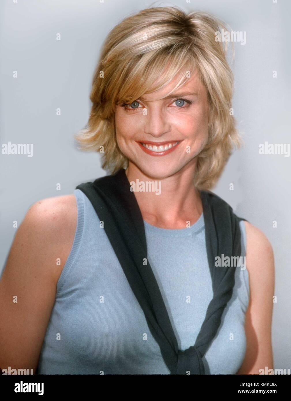 Hair Picture Courtney Thorne Smith Tongue Wwwtollebildcom