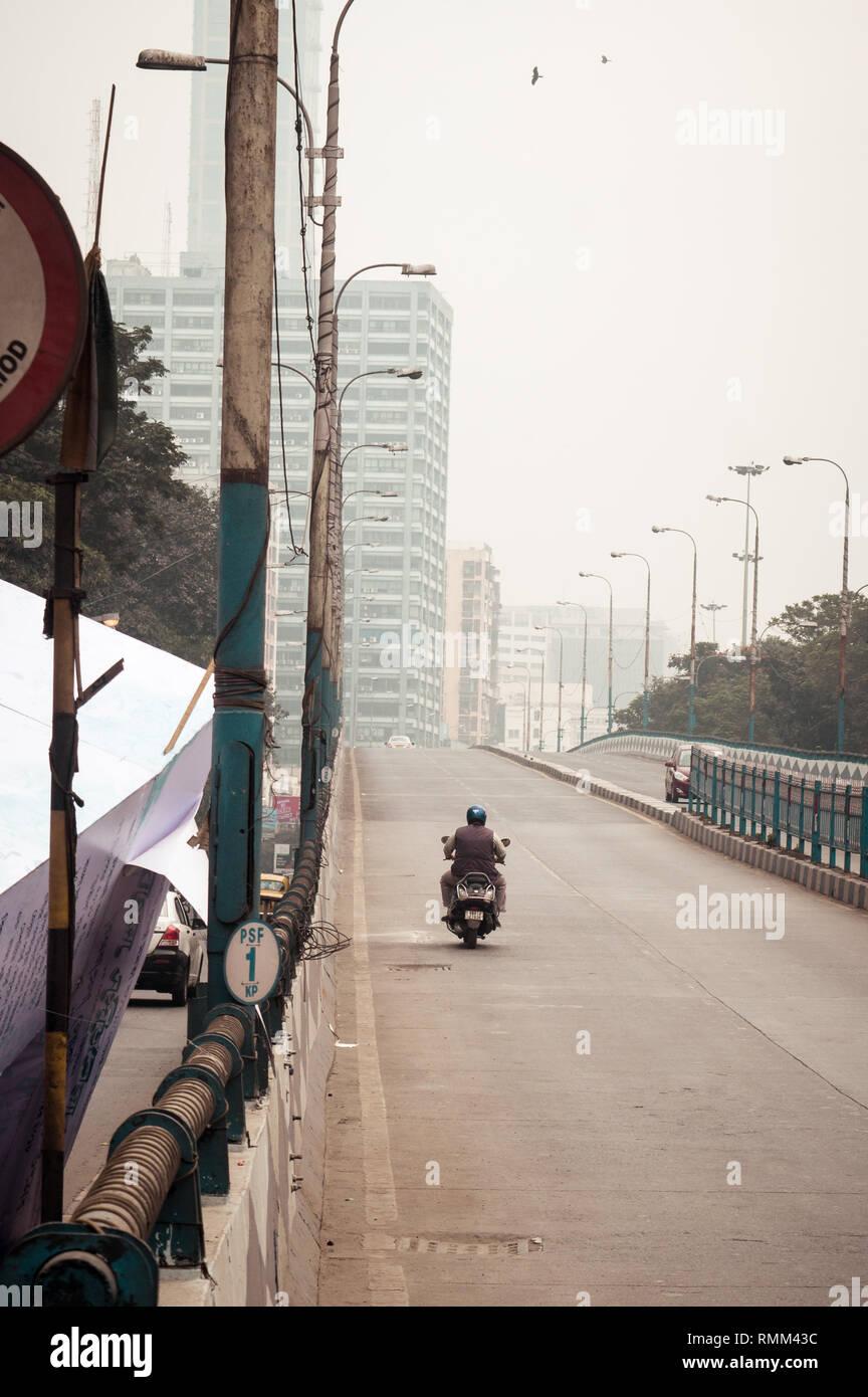 AJC Bose Road Flyover, Kolkata, India January 2019: An important flyovers in Kolkata connects Lansdowne, Chowringhee, Exide, Nandan, Rabindra Sadan, V - Stock Image