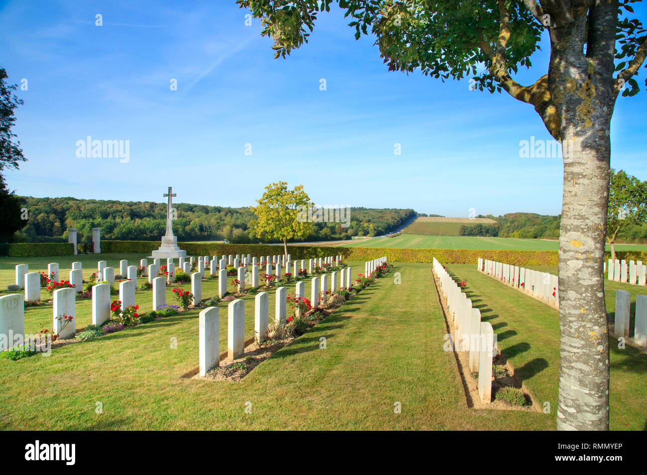 Villers-Bretonneux (northern France): Australian memorial park, Adelaide war cemetery. Tombs of the cemetery erected as soon as June 1918 by the 2nd a - Stock Image