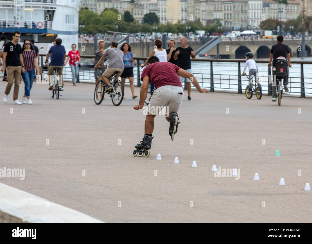 Bordeaux, France - September 9, 2018: Roller skater performs acrobatics in Quai Lousi XVIII in Bordeaux, France Stock Photo