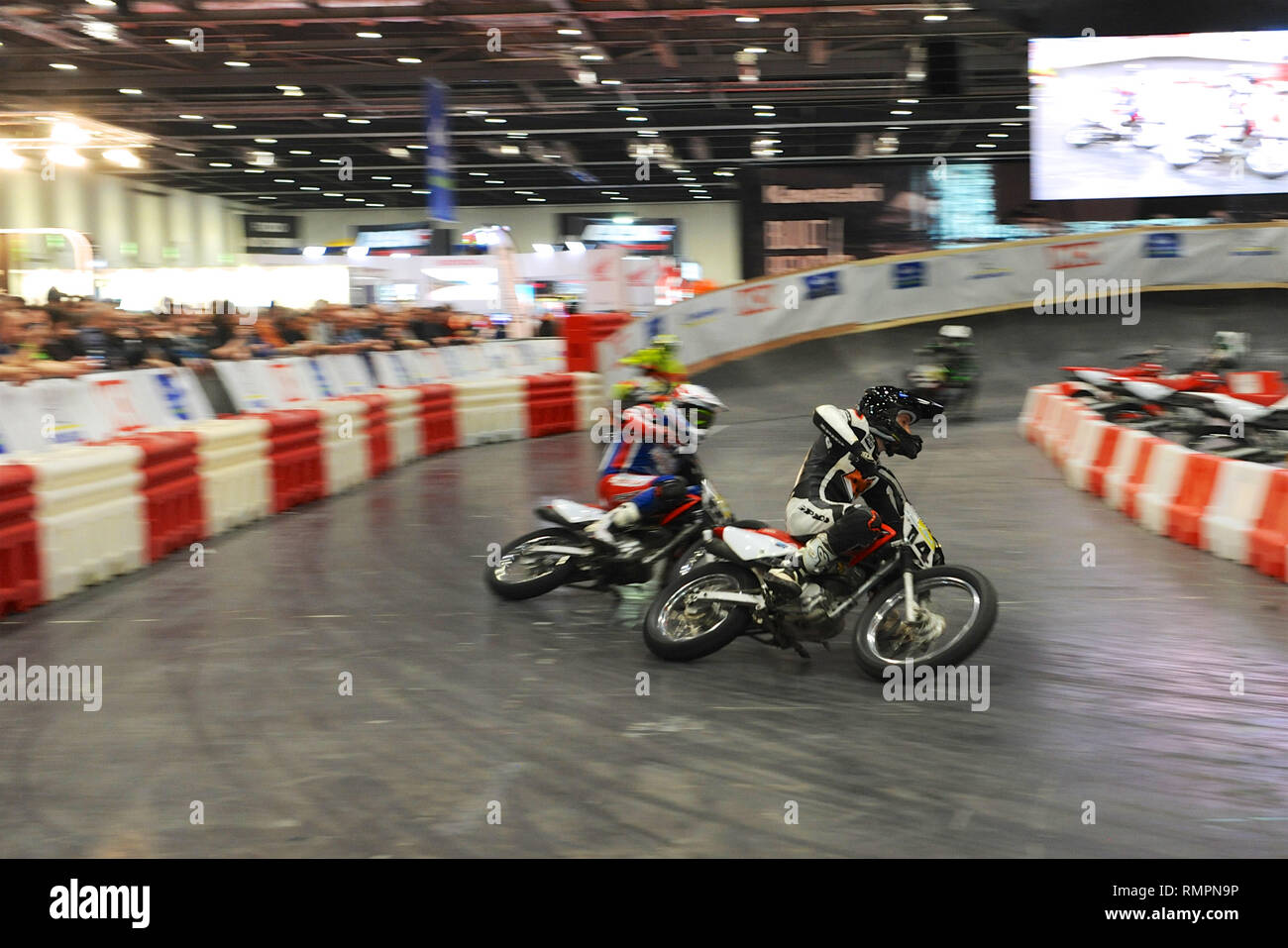 Tim Neave (professional motorcycle racer) leading into a