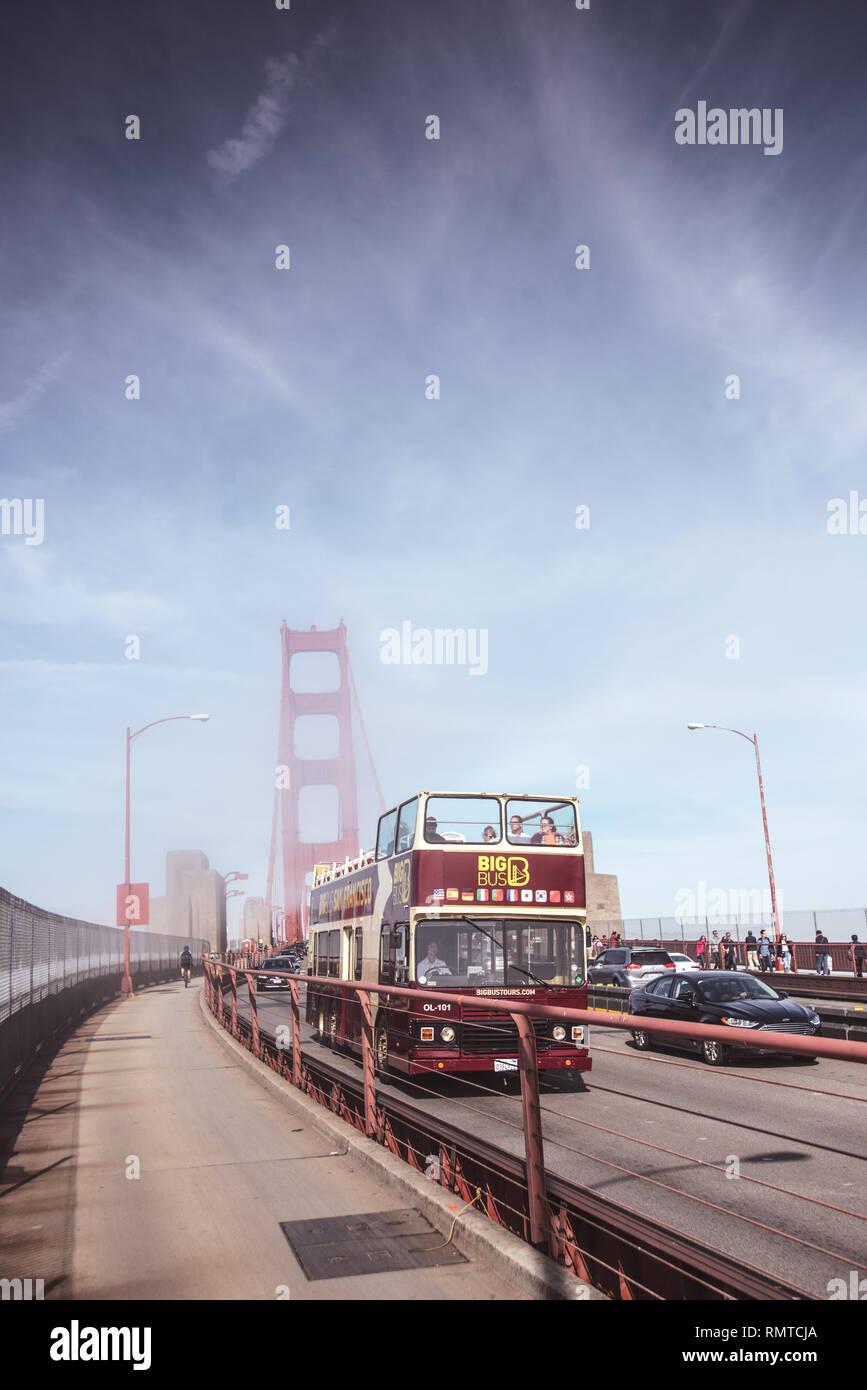 San Francisco Big Bus Tours Hop On Hop Off Stock Photo Alamy
