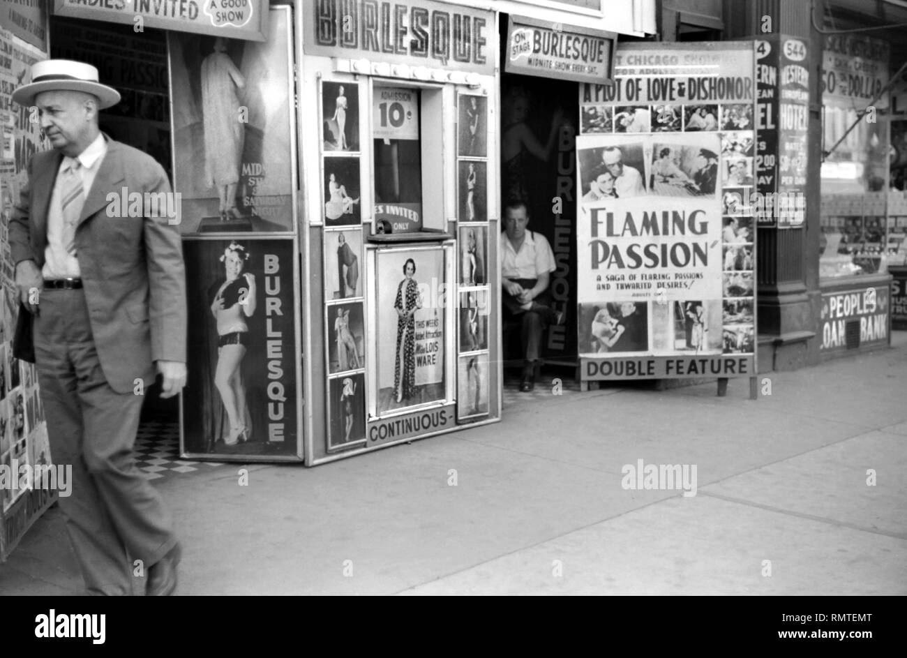 Burlesque Theater, South State Street, Chicago, Illinois, USA, John Vachon, Farm Security Administration, July 1941 - Stock Image