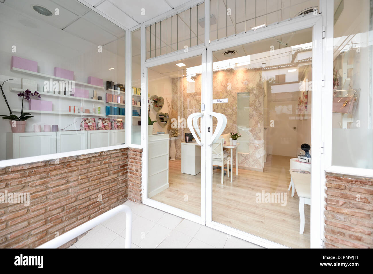 Beauty Salon Reception Reception High Resolution Stock Photography And Images Alamy