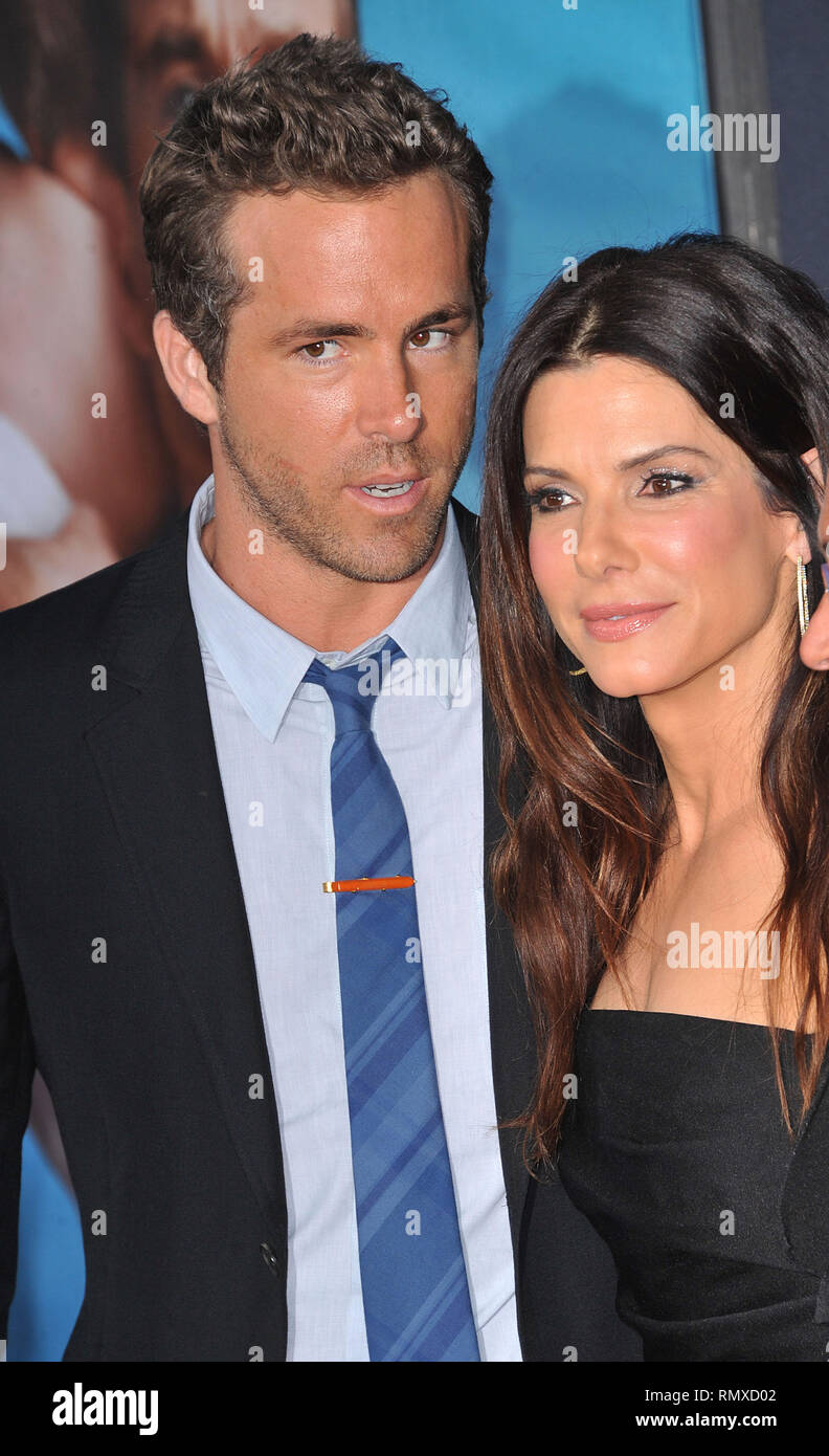Sandra Bullock And Ryan Reynolds Stock Photos & Sandra Bullock And