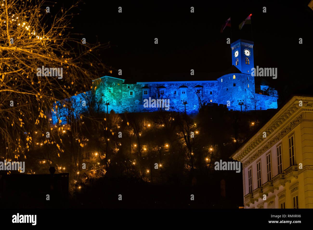 Burg bei Nacht - Stock Image