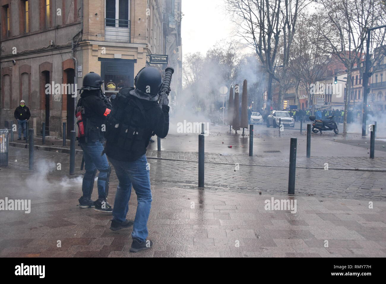 Serious clashes occured on 02/02/2019  in the streets of Toulouse, France, between riot police units and the yellow vest (gilets jaunes). - Stock Image