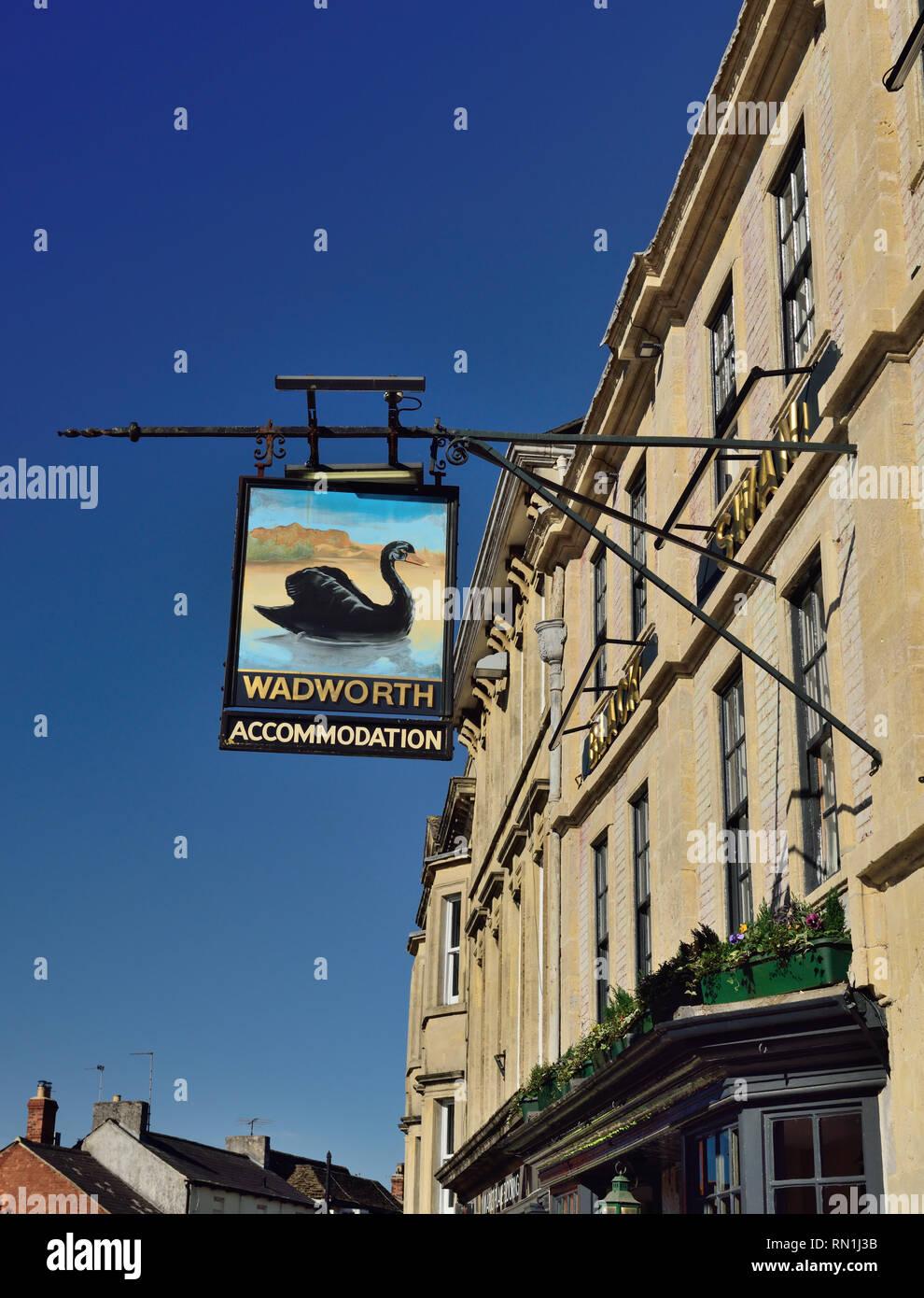 The sign of the Black Swan Inn at Devizes. - Stock Image