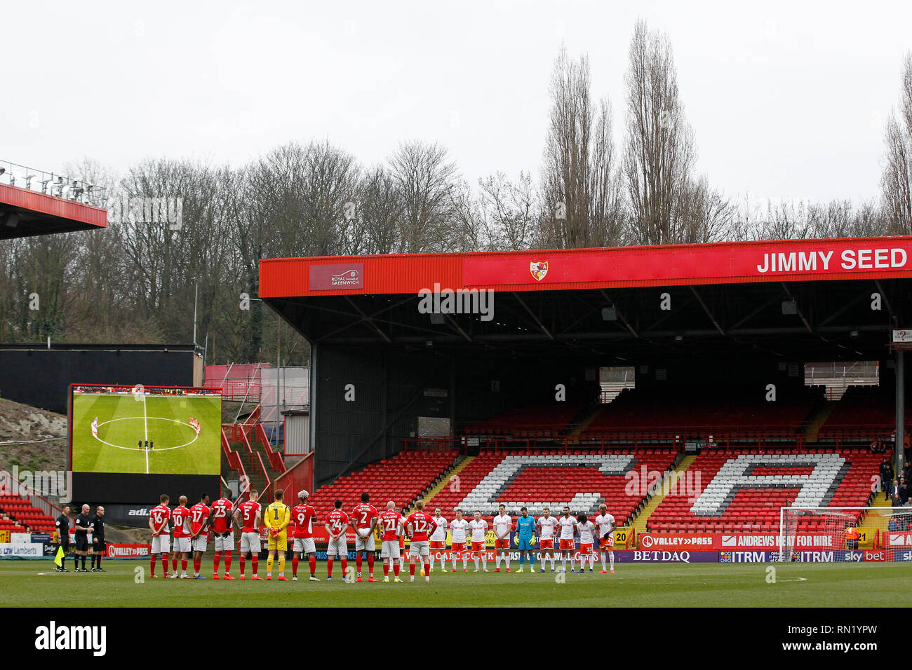 London, UK . 16th February 2019. Both Charlton Athletic FC and Blackpool FC pay tribute to the late Gordon Banks who died this week during the EFL Sky Bet League 1 match between Charlton Athletic and Blackpool at The Valley, London, England on 16 February 2019. Photo by Carlton Myrie.  Editorial use only, license required for commercial use. No use in betting, games or a single club/league/player publications. - Stock Image