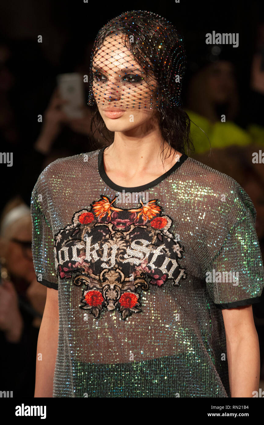 London Fashion Week Rocky Star S Aw19 Show Took Place Today At Fashion Scout Freemason S Hall Covent Garden London Uk The Aw19 Collection Showcased The Indian Designer S Usual Blend Of Contemporary Design And