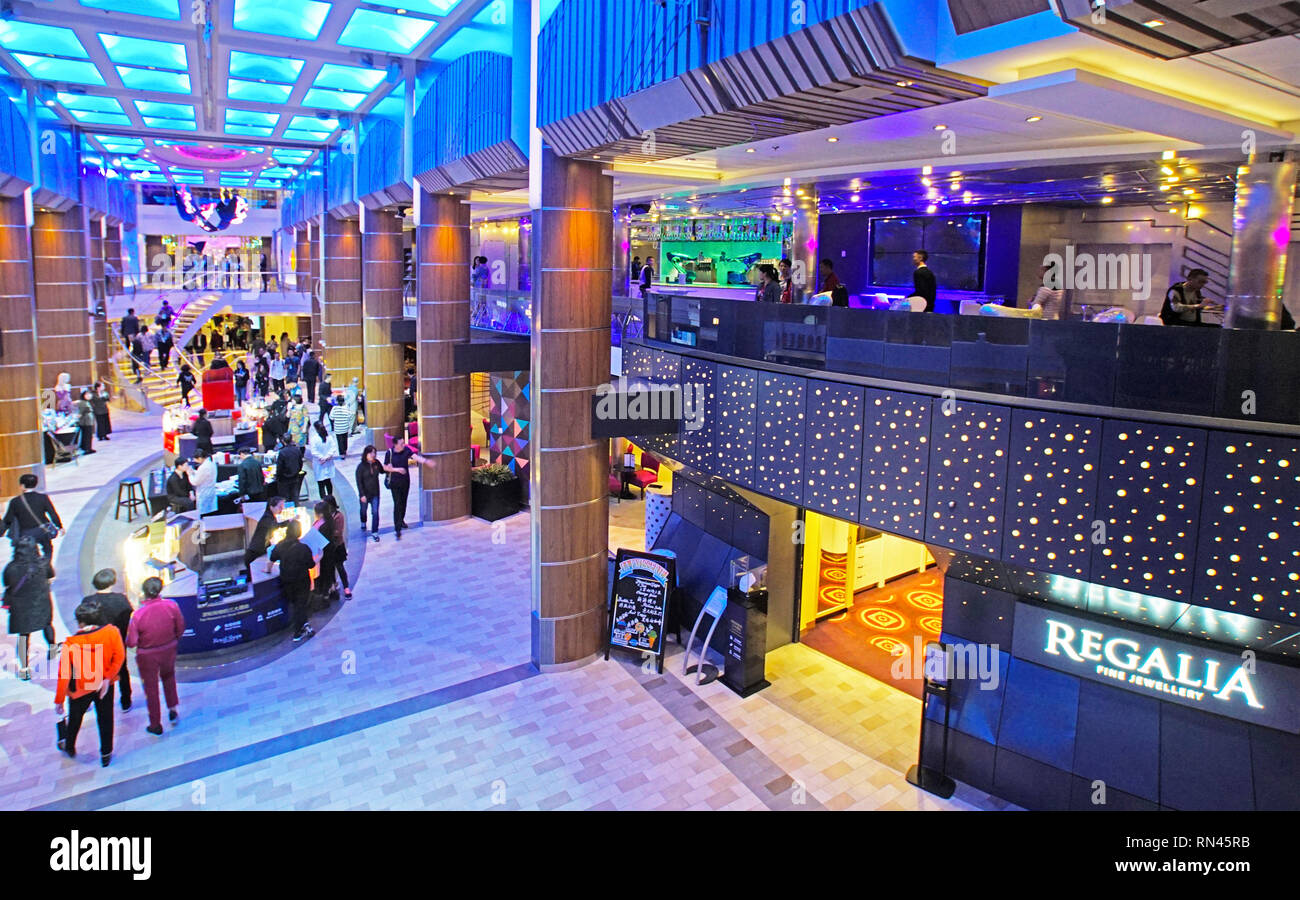 Royal Caribbean Quantum of the Seas cruise ship - Stock Image