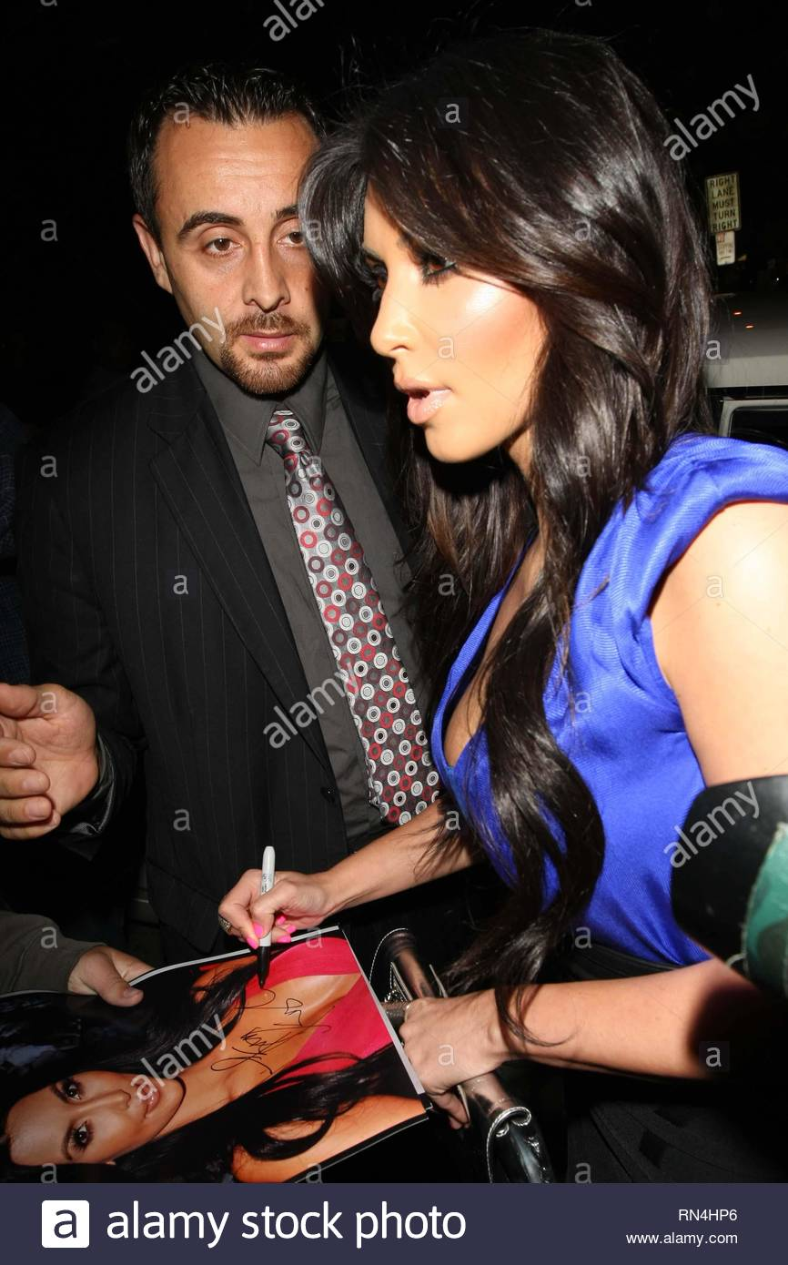 Kim kardashian dating allas Cowboy