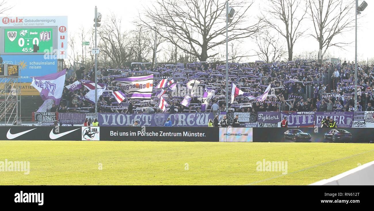 Muenster, Deutschland. 16th Feb, 2019. firo: 16.02.2019 Football, Season 2018/2019 3.Bundesliga SC Preussen Prussia SCP Munster - VfL Osnabruck 0: 0 FAns, FAhnen, Derby, VFL | Credit: dpa/Alamy Live News - Stock Image