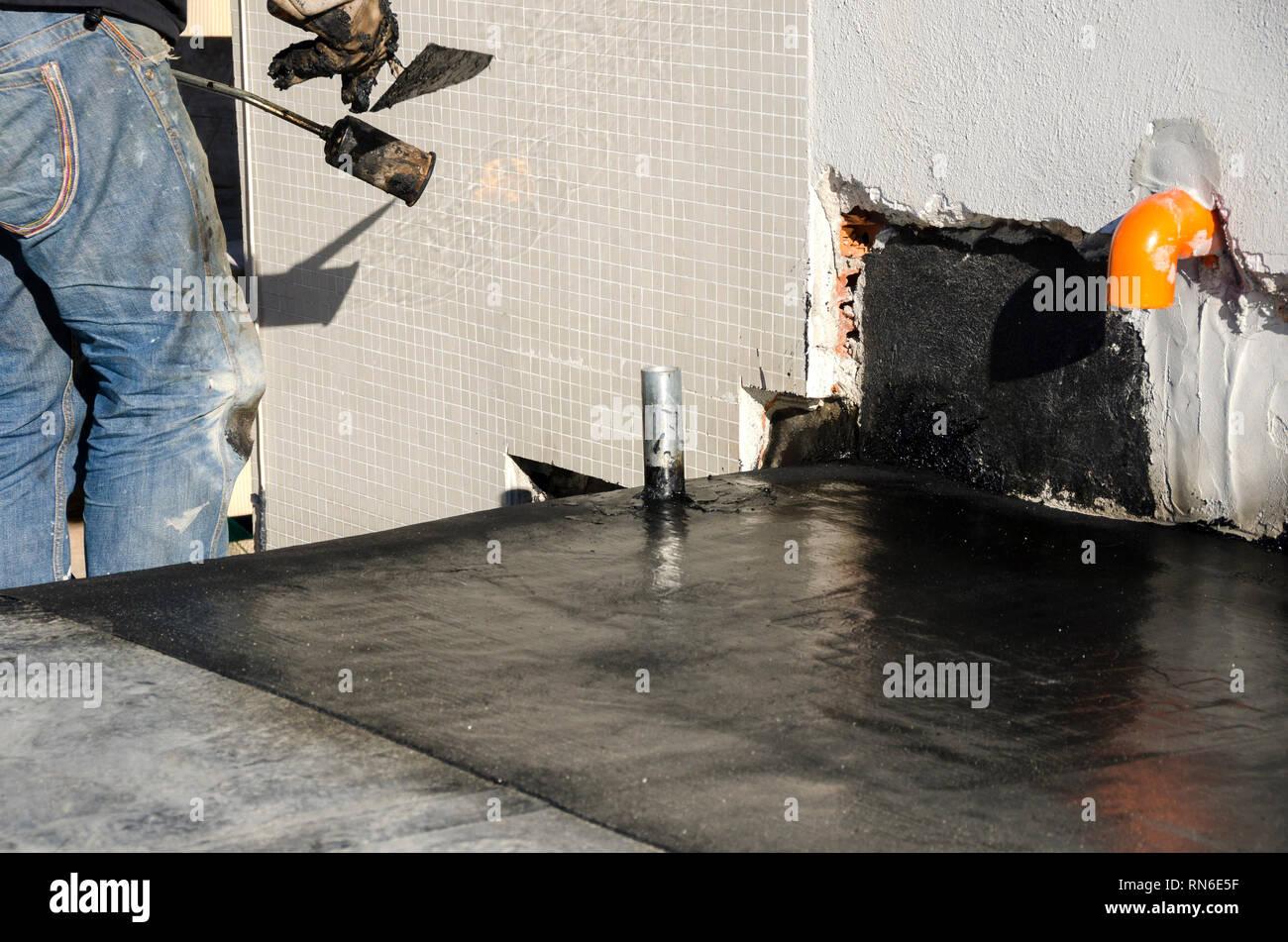 Hot Tar Bucket Stock Photos Amp Hot Tar Bucket Stock Images