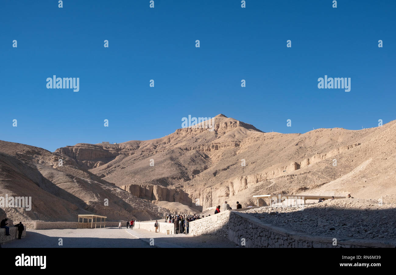 Valley of the Kings, Luxor, beneath the mountain of Al-qurn - Stock Image