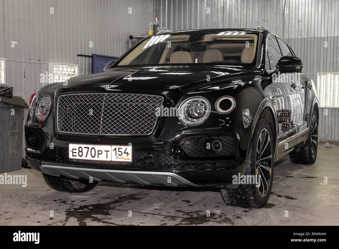 Novosibirsk Russia 08 01 18 Front View Of Luxury Very Expensive New Black Bentley Bentayga Car Stands In The Washing Box Waiting For Repair In Aut Stock Photo Alamy
