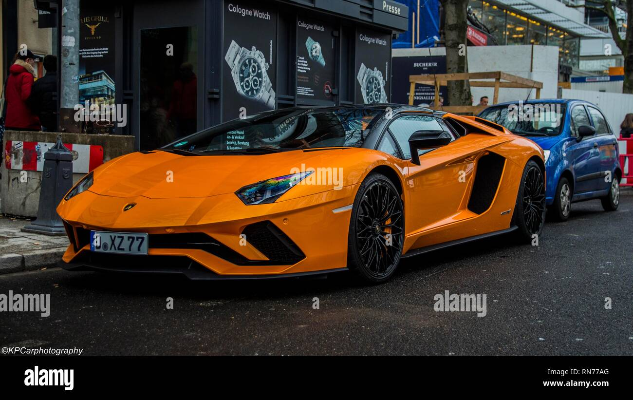 Lamborghini Aventador Orange >> Orange Lamborghini Aventador S Stock Photo 236802008 Alamy