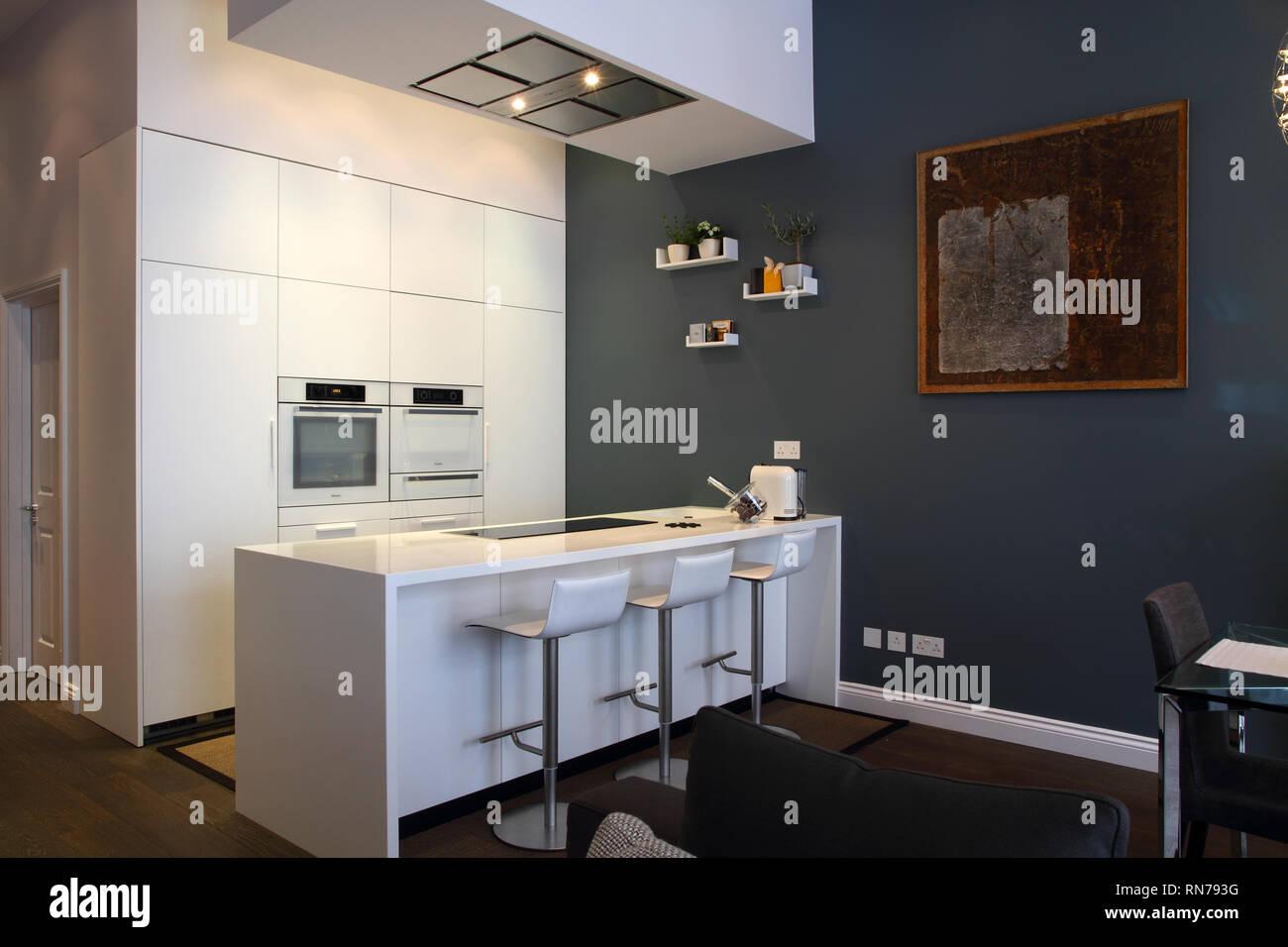 London apartment kitchen diner living room