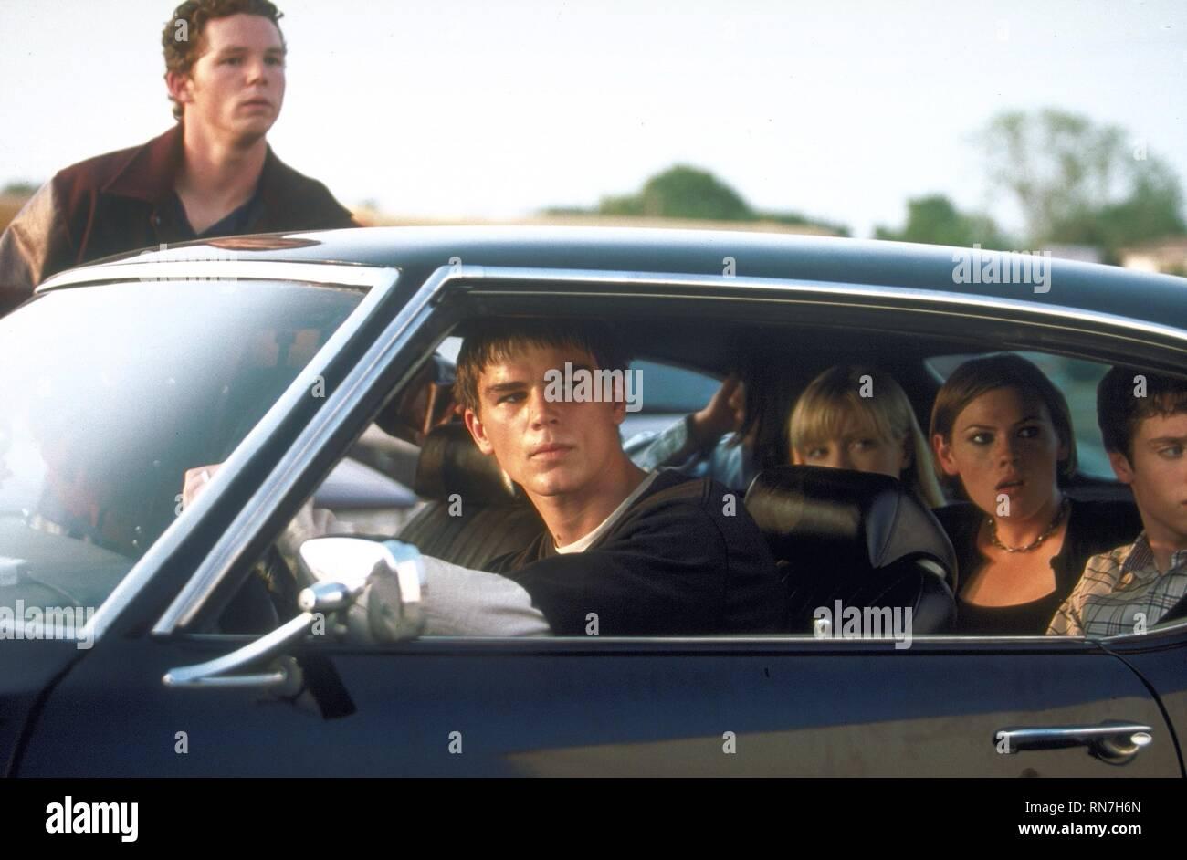 SHAWN HATOSY, JOSH HARTNETT, LAURA HARRIS, CLEA DUVALL,ELIJAH WOOD, THE FACULTY, 1998 - Stock Image