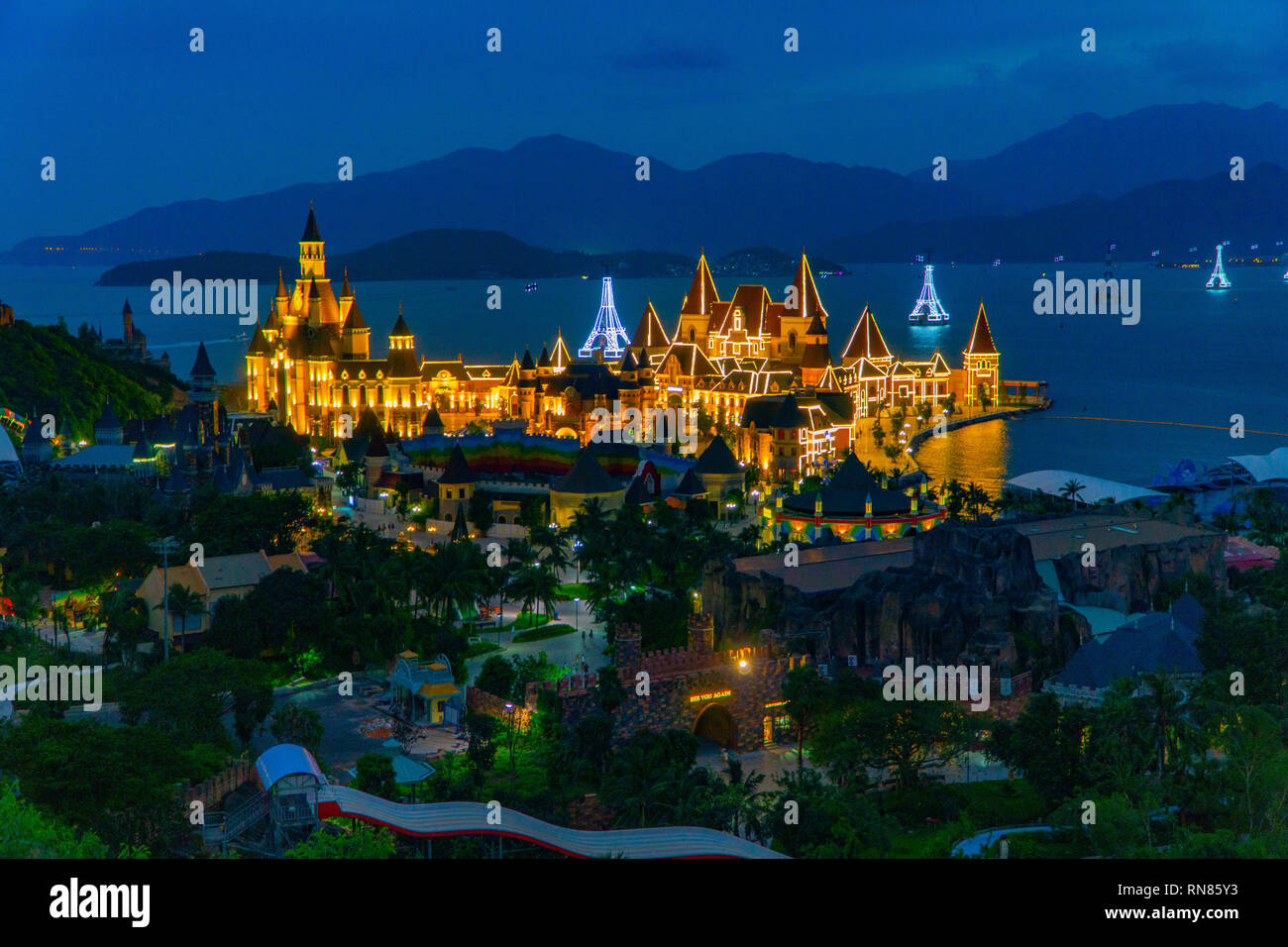 Vinpearl by night - Stock Image