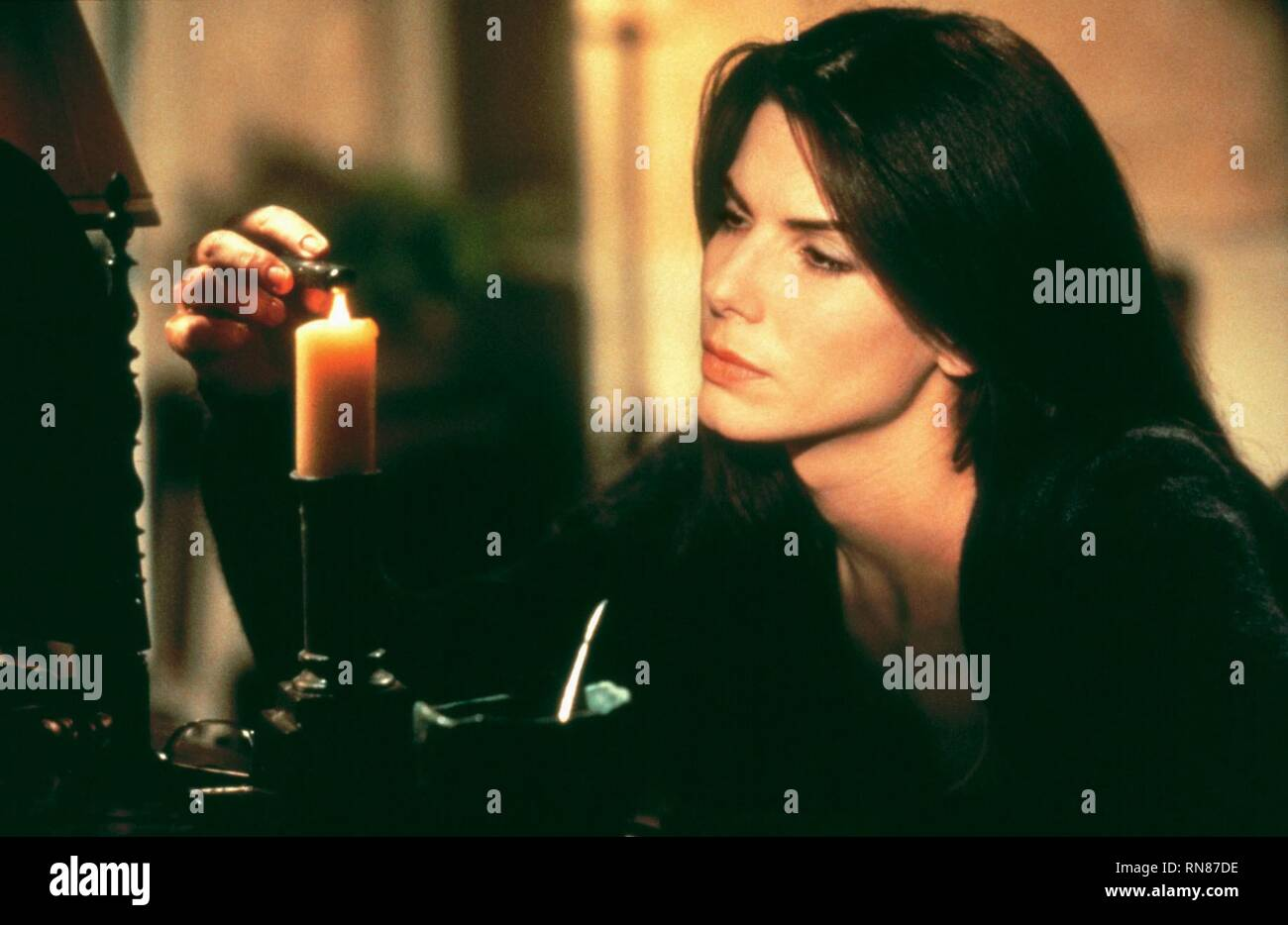 PRACTICAL MAGIC, SANDRA BULLOCK, 1998 - Stock Image