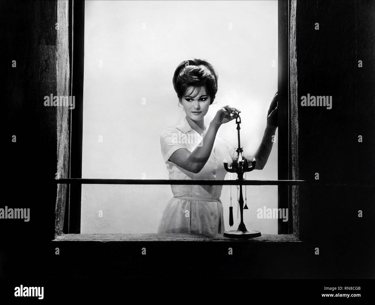 Claudia Cardinale Stock Photos & Claudia Cardinale Stock ...