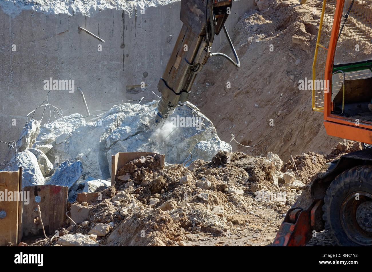 Heavy Duty Demolition Equipment Stock Photos & Heavy Duty