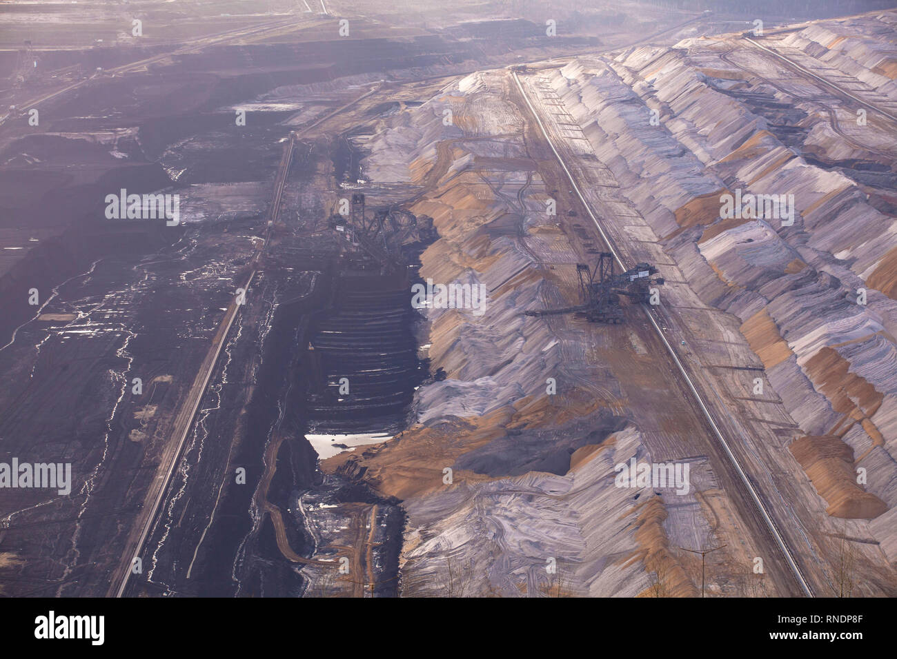 brown coal opencast mining Hambach, operated by RWE Power AG, Germany.  Braunkohletagebau Hambach, Betreiber RWE Power AG, Deutschland. - Stock Image