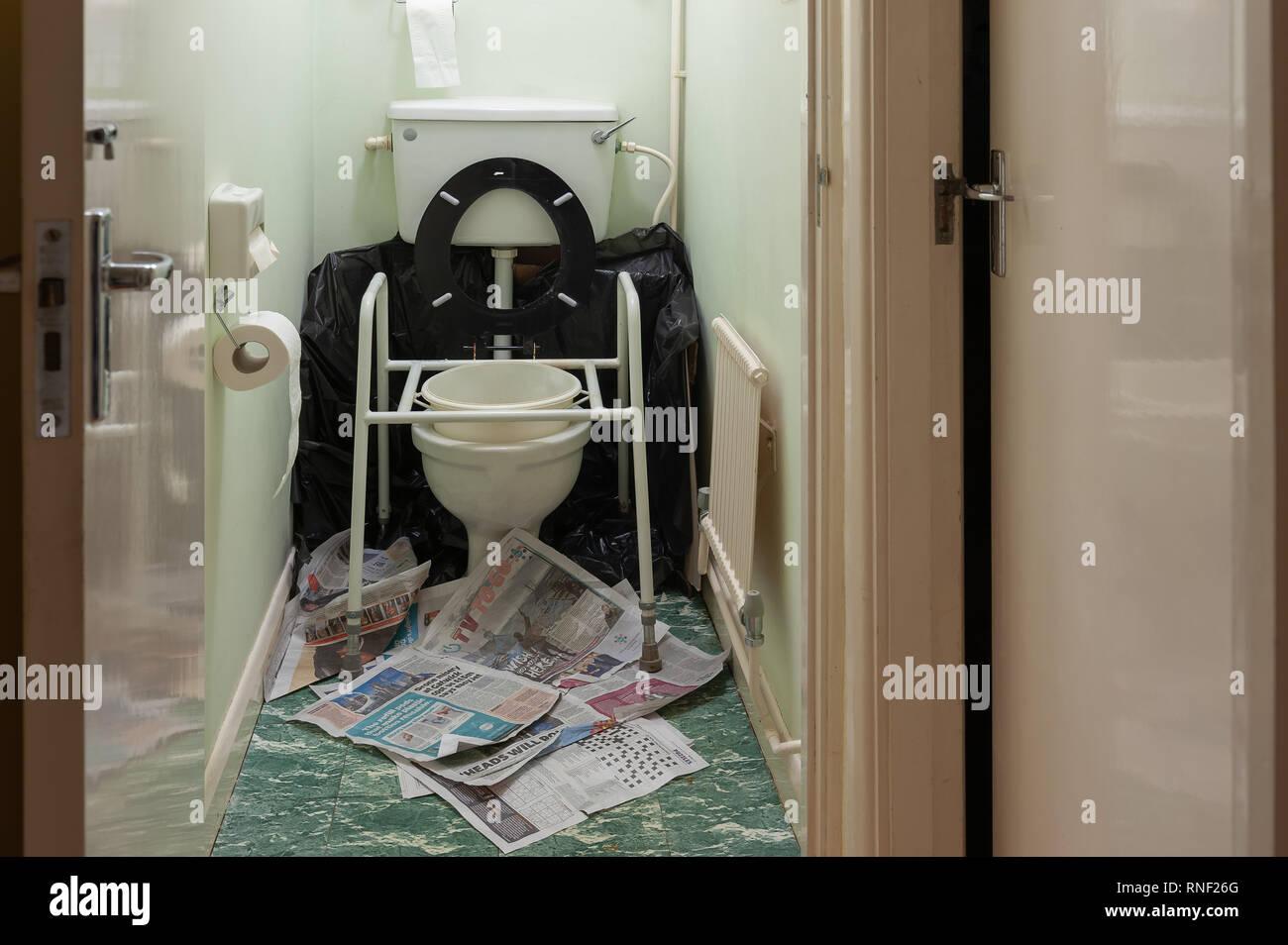 Fine Possible Case Of Norovirus In Home Of Elderly With Raised Inzonedesignstudio Interior Chair Design Inzonedesignstudiocom