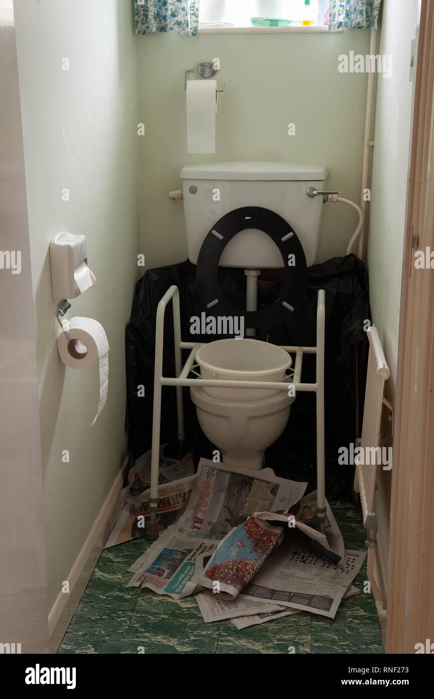 Tremendous Possible Case Of Norovirus In Home Of Elderly With Raised Inzonedesignstudio Interior Chair Design Inzonedesignstudiocom