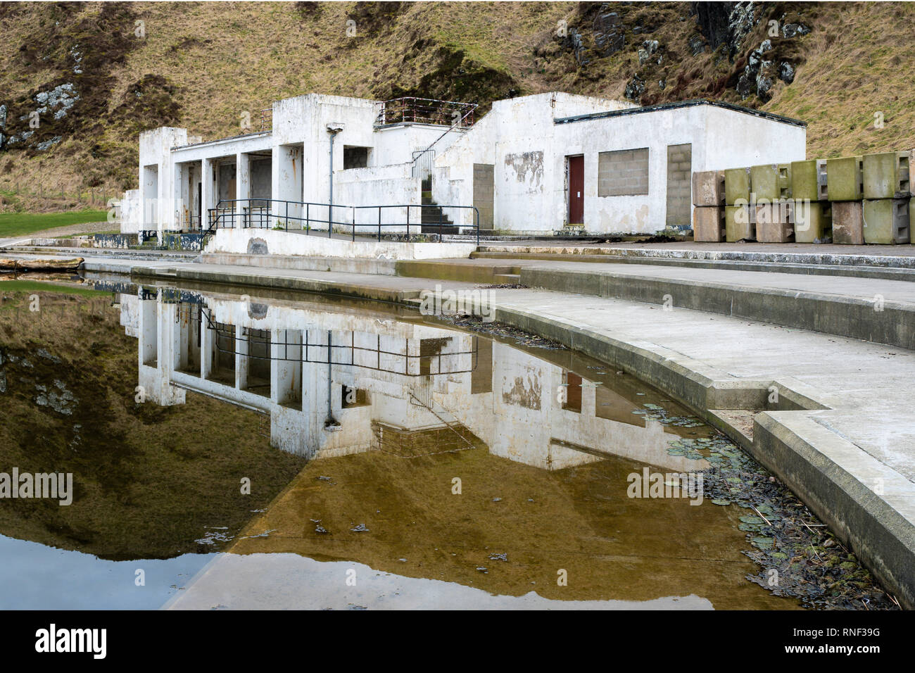 Tarlair Swimming Pool Long Since Abandoned Now Lying Empty And Surrounded With Dirty Sea Water Near Macduff Aberdeenshire Scotland Stock Photo Alamy