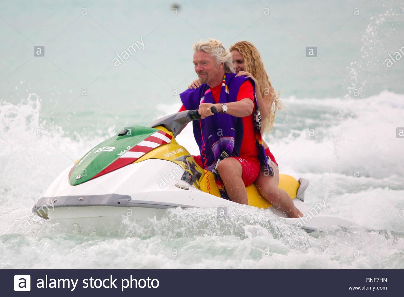 EXCLUSIVE* [USA ONLY] Playa del Carmen, Mexico - Sir Richard Branson