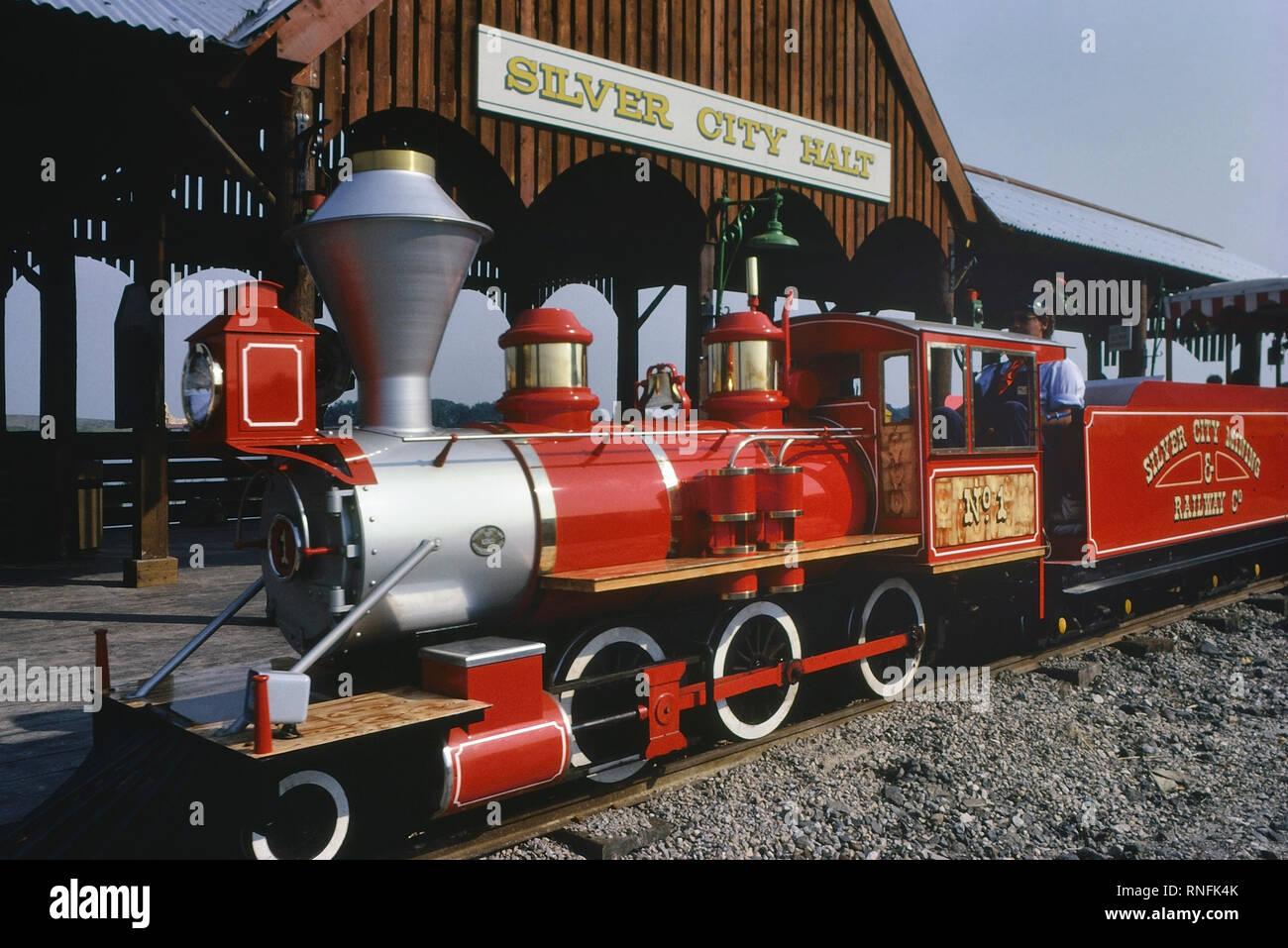 The Santa Fe Railroad At The American Adventure Theme Park Ilkeston Derbyshire England Uk Circa 1980 S Stock Photo Alamy