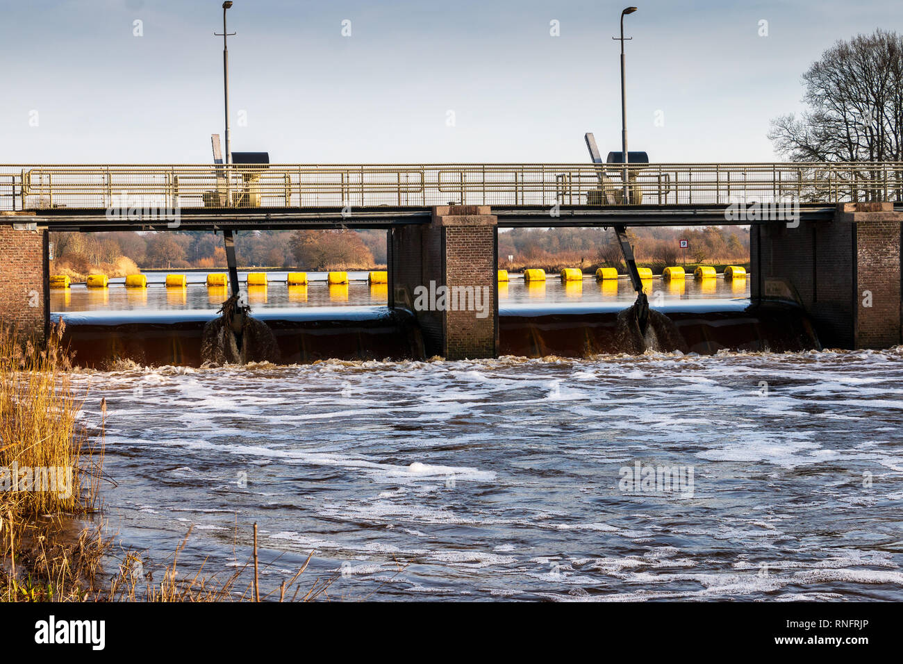 Rubber Dam Stock Photos Amp Rubber Dam Stock Images Alamy