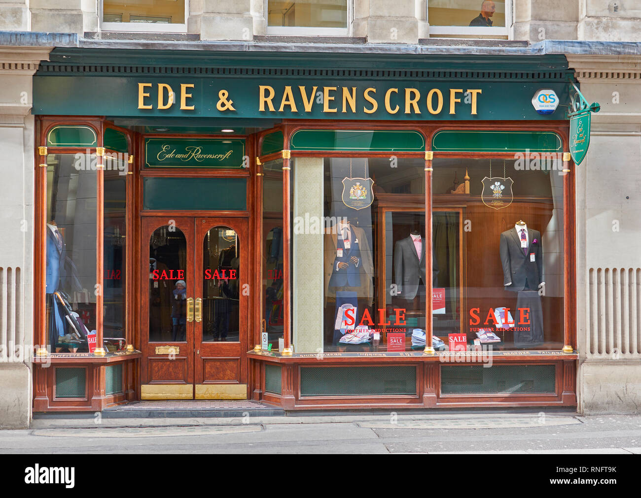 LONDON THE CITY OF LONDON EDE & RAVENSCROFT 2 GRACECHURCH STREET LONDONS OLDEST ROBE MAKER - Stock Image