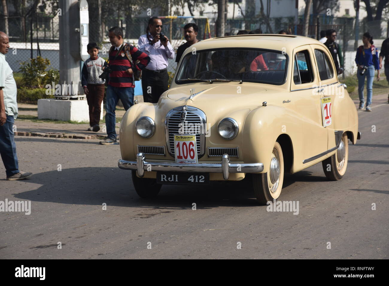 1954 Austin car with 10.6 hp and 4 cylinder engine. RJI 412 India. - Stock Image