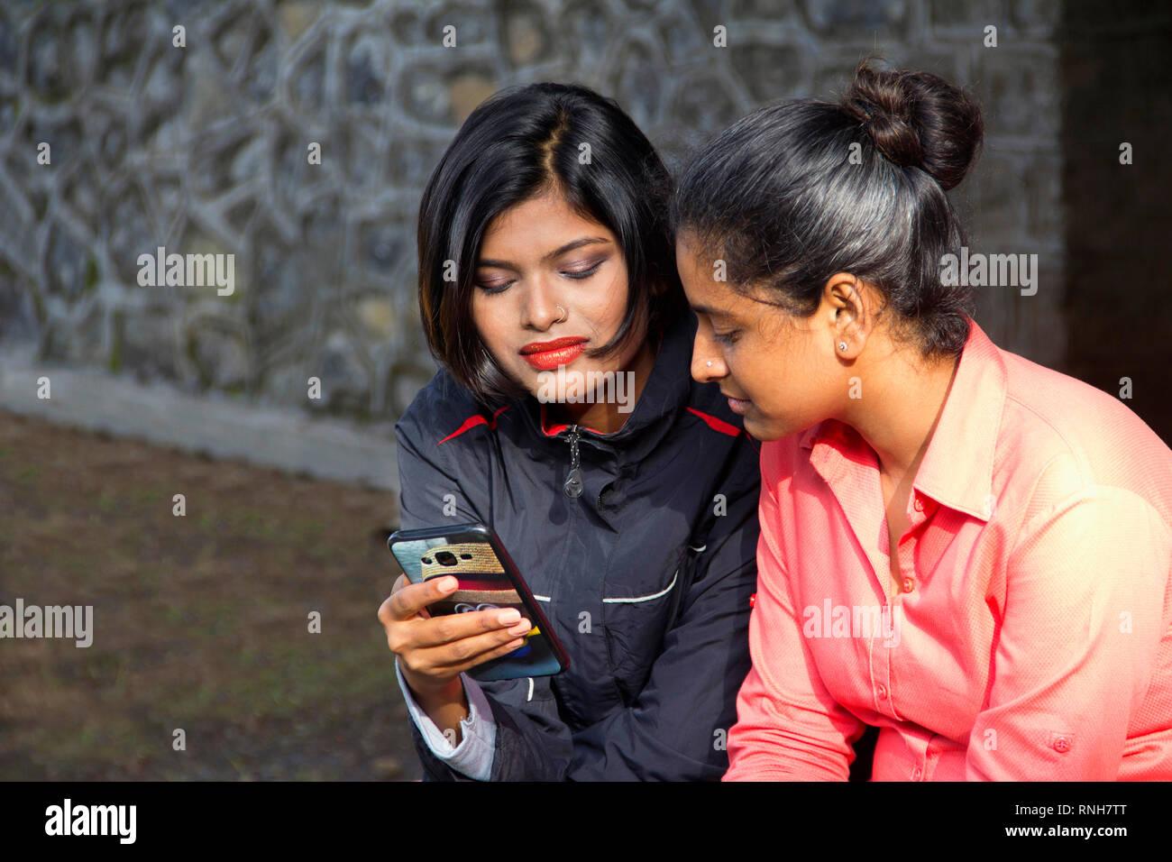 indische girls club