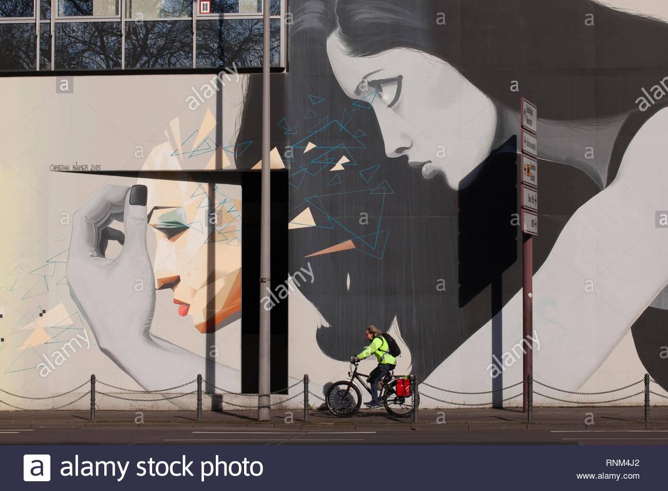 mural on a building on Caecilien street, Cologne, Germany.  Graffiti an einem Haus an der Caecilienstrasse, Koeln, Deutschland.  ***HINWEIS ZU DEN ABG - Stock Image