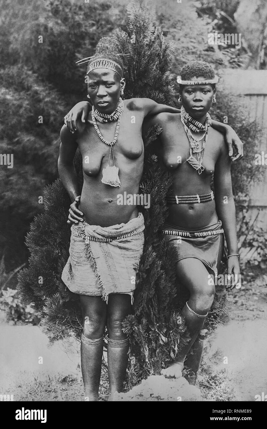 Portrait of two African women, 1916, Durban, South Africa - Stock Image